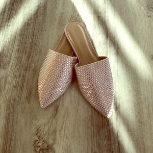 Wild Diva Pink/Beige Flats. Never Used!
